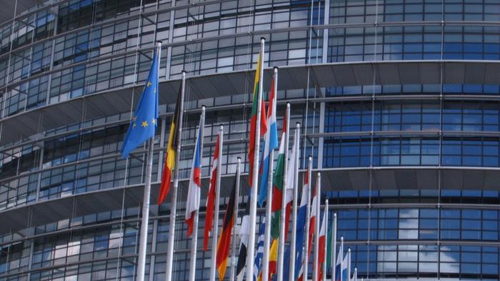 Le Parlement européen s'intéresse à la responsabilité en matière de robotique et d'intelligence artificielle