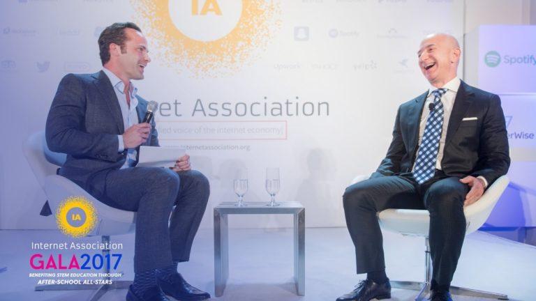 """Selon Jeff Bezos d'Amazon, l'intelligence artificielle est à """"un âge d'or"""""""