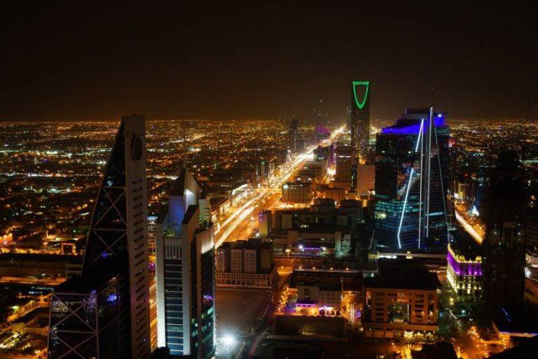 L'Arabie saoudite annonce travailler sur le 'projet le plus ambitieux au monde' mêlant IA, IoT et high tech
