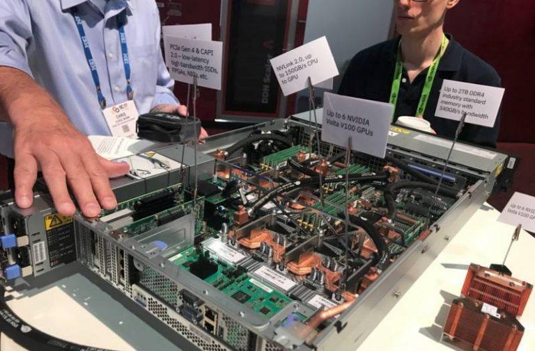 IBM lance ses nouveaux serveurs conçus pour l'intelligence artificielle