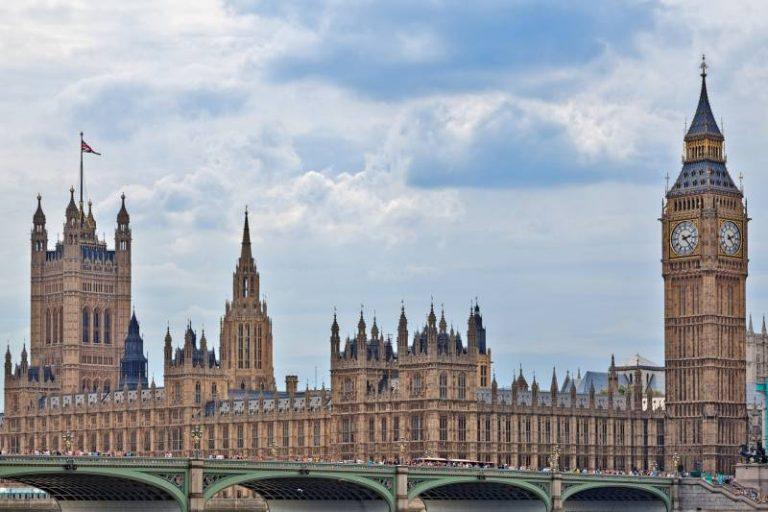 Le Royaume-Uni cherche à se doter d'une représentation officielle en matière d'IA