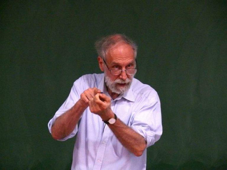 """""""Ne vendons pas notre âme à l'intelligence artificielle"""", le mathématicien Alain Connes s'exprime sur France Info"""