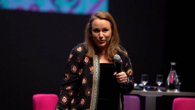Replay : #ConfMAIF – 2050 IA retour vers demain avec Axelle Lemaire