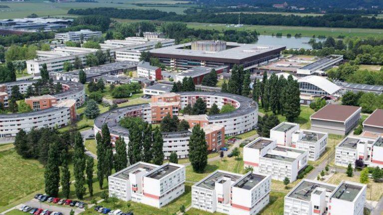 Fujitsu et NVIDIA renforcent leur collaboration autour de l'intelligence artificielle au sein d'un cluster de GPUs