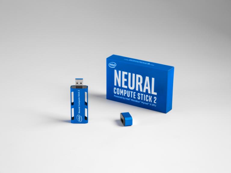 Intel vous offre un Intel Neural Compute Stick 2