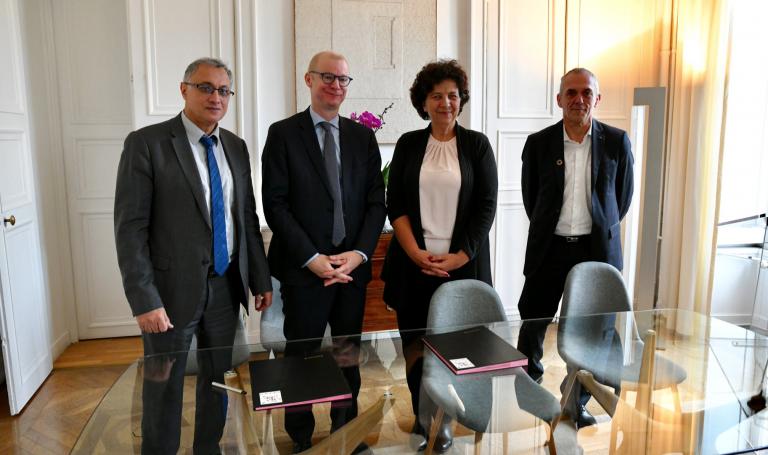 Stratégie française de recherche en intelligence artificielle : retour sur l'annonce de l'acquisition du supercalculateur HPC-IA