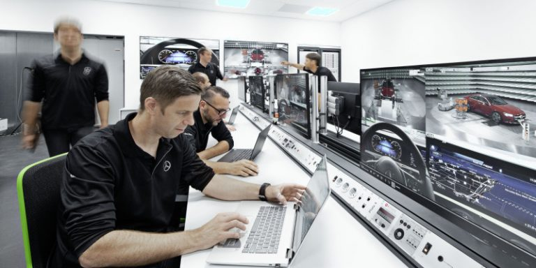 Daimler présente ses 4 principes pour l'utilisation de l'intelligence artificielle et lance ses camions sur route