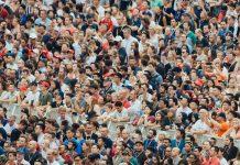Une étude menée par trois chercheurs et financé par l'armée américaine montre que les Hommes font plus confiance aux algorithmes et délaissent les avis d'autres êtres humains