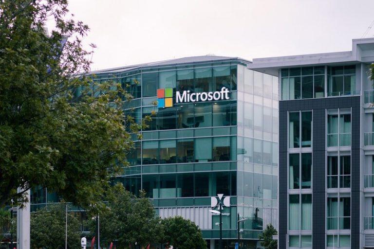 Microsoft rachète Nuance Communications pour la somme de 19,7 milliards de dollars