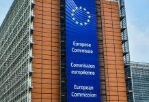 Commission européenne partenariats financement investissement partenariat intelligence artificielle robotique systèmes automatisés photonique cloud