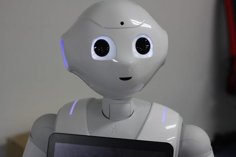 United Robotics envisagerait l'achat de Pepper, division française de Softbank.